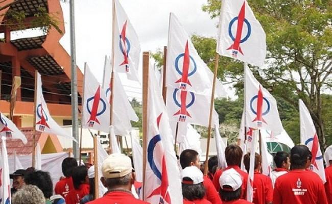 DAP-supporters-Sarawak-election