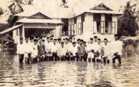 Enchik: Tenggelamnya karya dek banjir – Oleh Mazir Ibrahim