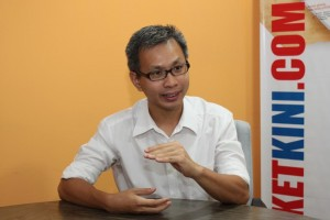 pix for wawancara tony pua LUAR