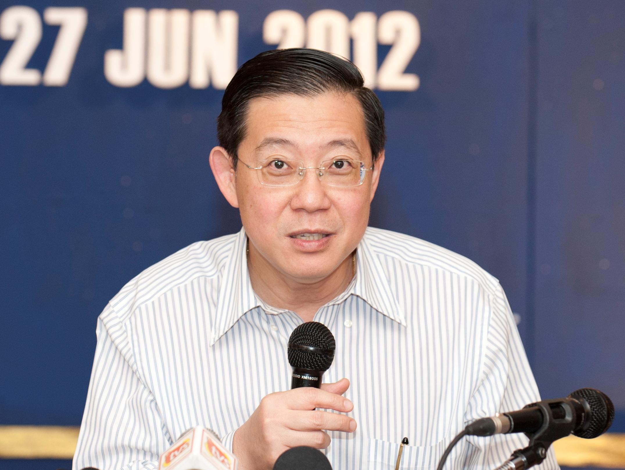 Siaran langsung TV dibatal, BN takut rakyat tonton debat Guan Eng vs