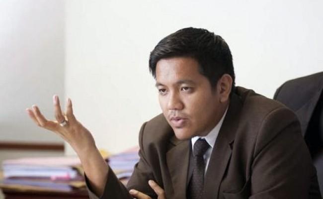 Dr Afif Bahardin