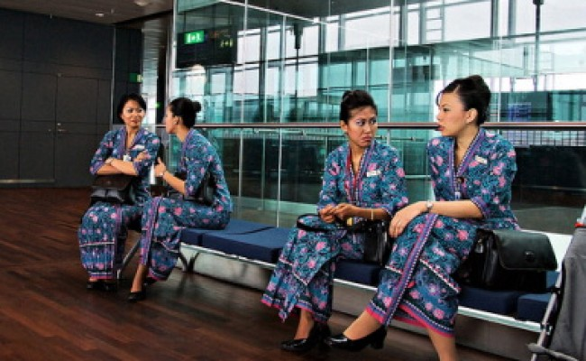 Malaysia_Airlines_Flight_Attendants