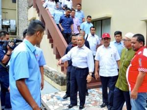 Timbalan Perdana Menteri Tan Sri Muhyiddin Yassin dan Presiden PAS Datuk Seri Abdul Hadi Awang.