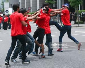 redshirt-fight