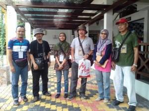 Dari kiri, Franco, Cikgu Adzran, Saya, Tho Man, Kak Siti & Cikgu Ramli